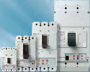 3 Pole Circuit Breakers